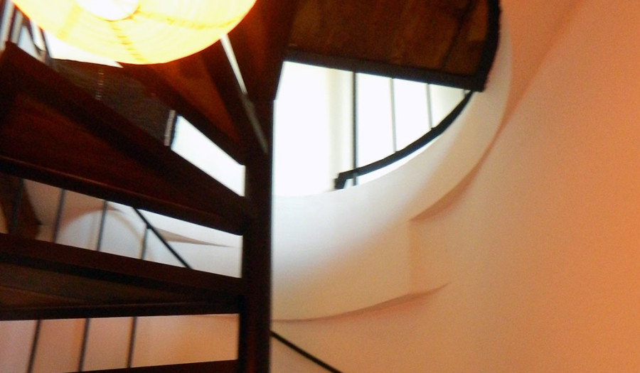 SPIRAL-STAIRCASE-TO-SUITE-6-PHOTO